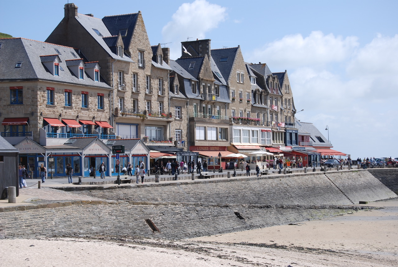 Oyster port, Cancale